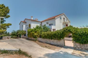 Property Mali Lošinj (Lošinj) - Accommodation 3441 - Apartments with sandy beach.