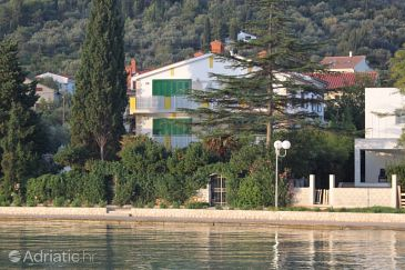 Property Preko (Ugljan) - Accommodation 3464 - Apartments near sea with sandy beach.