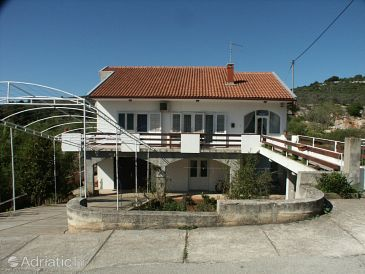 Property Mala Lamjana (Ugljan) - Accommodation 349 - Apartments with pebble beach.