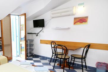 Studio flat AS-3589-l - Apartments Sućuraj (Hvar) - 3589