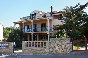 Biograd na Moru, Biograd, Property 368 - Apartments with pebble beach.
