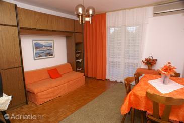 Apartment A-4017-b - Apartments Jelsa (Hvar) - 4017