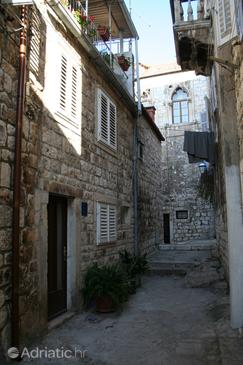 Property Hvar (Hvar) - Accommodation 4038 - Rooms near sea with pebble beach.