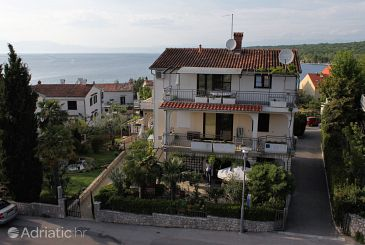 Property Njivice (Krk) - Accommodation 408 - Apartments and Rooms with pebble beach.