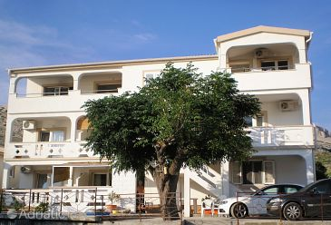Property Metajna (Pag) - Accommodation 4117 - Apartments with sandy beach.