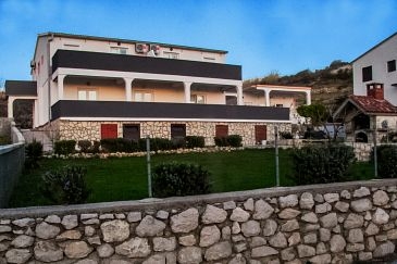Property Metajna (Pag) - Accommodation 4133 - Apartments with sandy beach.