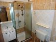 Pag, Bathroom u smještaju tipa studio-apartment, dopusteni kucni ljubimci i WIFI.