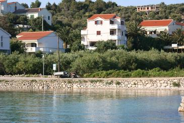 Property Jakišnica (Pag) - Accommodation 4160 - Apartments and Rooms near sea with pebble beach.