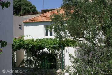 Vodice, Vodice, Property 4192 - Apartments with pebble beach.