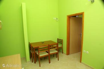 Apartment A-4195-b - Apartments Brodarica (Šibenik) - 4195
