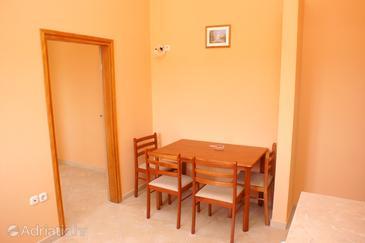 Apartment A-4195-c - Apartments Brodarica (Šibenik) - 4195