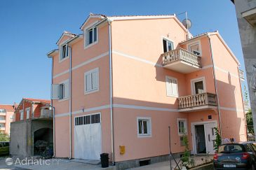 Property Vodice (Vodice) - Accommodation 4214 - Apartments with pebble beach.