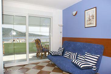 Apartment A-4216-b - Apartments and Rooms Primošten (Primošten) - 4216