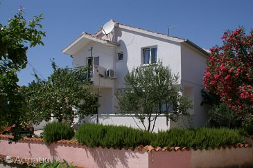 Property Vodice (Vodice) - Accommodation 4236 - Apartments with pebble beach.