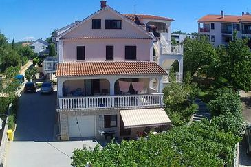 Vantačići, Krk, Property 427 - Apartments with pebble beach.