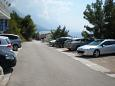 Pisak, Omiš, Parking lot 4281 - Apartments with pebble beach.