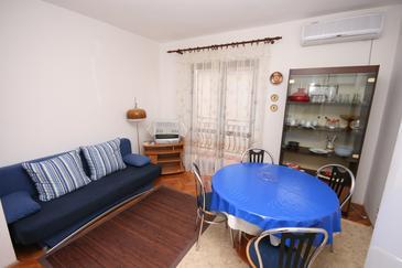 Apartament A-4301-b - Apartamenty Biograd na Moru (Biograd) - 4301