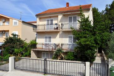 Property Biograd na Moru (Biograd) - Accommodation 4301 - Apartments with pebble beach.