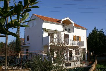 Property Biograd na Moru (Biograd) - Accommodation 4303 - Apartments with pebble beach.