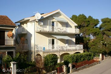 Property Biograd na Moru (Biograd) - Accommodation 4304 - Apartments with pebble beach.