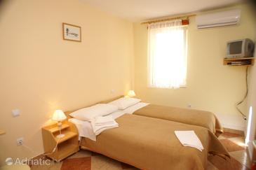 Room S-4410-b - Apartments and Rooms Korčula (Korčula) - 4410