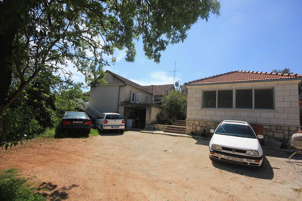 Ubytovanie s parkoviskom v meste Lumbarda - 4436