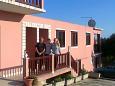 Gospodarze Zavalatica (Korčula) - Zakwaterowanie 4458 - Apartamenty ze żwirową plażą.