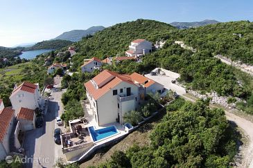 Property Žrnovska Banja (Korčula) - Accommodation 4492 - Apartments with pebble beach.