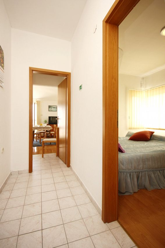 Apartmány s parkoviskom v meste Orebić - 4501