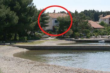 Lovište, Pelješac, Obiekt 4506 - Pokoje blizu mora ze żwirową plażą.