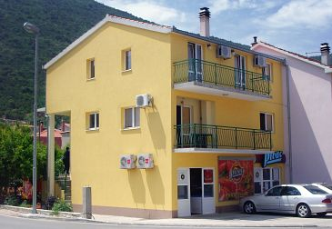 Property Trpanj (Pelješac) - Accommodation 4510 - Apartments near sea with pebble beach.