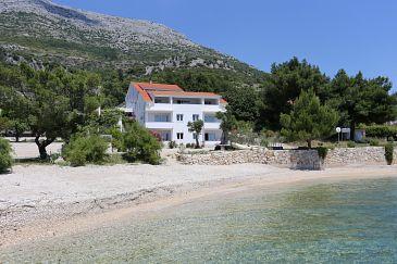 Obiekt Kučište - Perna (Pelješac) - Zakwaterowanie 4545 - Apartamenty blisko morza ze żwirową plażą.