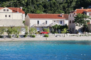 Trstenik, Pelješac, Property 4570 - Apartments blizu mora with pebble beach.