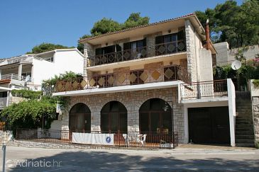 Property Jelsa (Hvar) - Accommodation 4595 - Apartments with pebble beach.