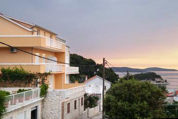 Property Hvar (Hvar) - Accommodation 4607 - Apartments with pebble beach.