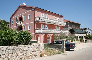 Stari Grad, Hvar, Property 4618 - Apartments with pebble beach.