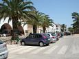Parking lot Stari Grad (Hvar) - Accommodation 4626 - Apartments near sea with pebble beach.