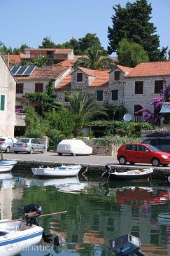 Property Vrboska (Hvar) - Accommodation 4638 - Vacation Rentals near sea with pebble beach.
