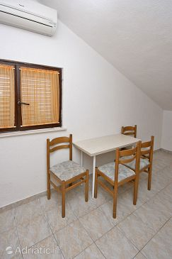 Apartment A-4645-a - Apartments Mimice (Omiš) - 4645