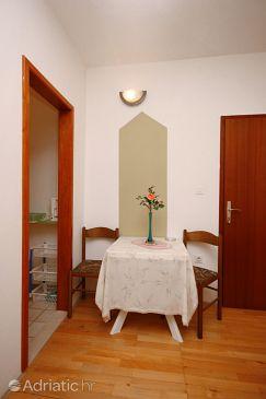 Nemira, Dining room u smještaju tipa studio-apartment, WIFI.