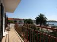 Rogoznica, Balcony 1 u smještaju tipa apartment, s pogledom na more, dopusteni kucni ljubimci i WIFI.