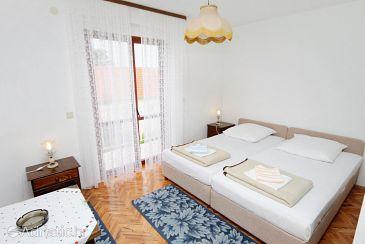 Room S-4665-a - Rooms Splitska (Brač) - 4665