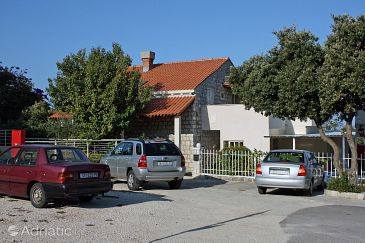 Property Dubrovnik (Dubrovnik) - Accommodation 4669 - Apartments and Rooms with pebble beach.