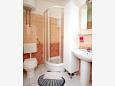 Bathroom 1 - Apartment A-4671-b - Apartments Promajna (Makarska) - 4671
