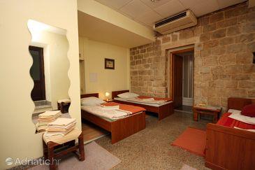 Room S-4738-a - Rooms Split (Split) - 4738