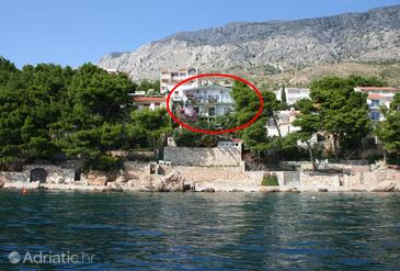 Property Stanići (Omiš) - Accommodation 474 - Apartments near sea with pebble beach.
