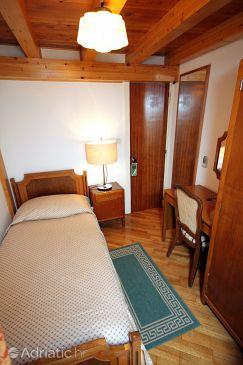 Dubrovnik, Bedroom u smještaju tipa room.