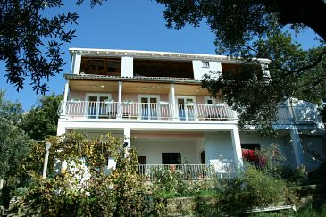Property Plat (Dubrovnik) - Accommodation 4769 - Apartments with pebble beach.