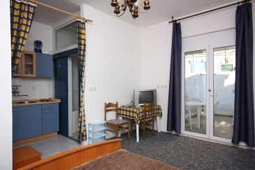 Duće, Jadalnia u smještaju tipa studio-apartment, WIFI.