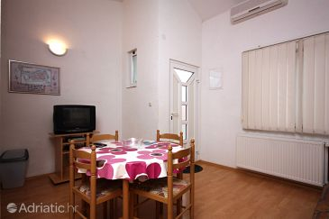 Apartment A-4814-a - Apartments and Rooms Trogir (Trogir) - 4814